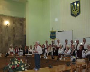 """Виступає легендарний хор """"Гомін"""" під орудою Леопольда Ященка, 2009"""